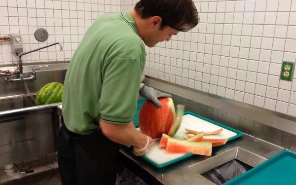 Cutting a Watermelon in Less than 30 Seconds (Video)
