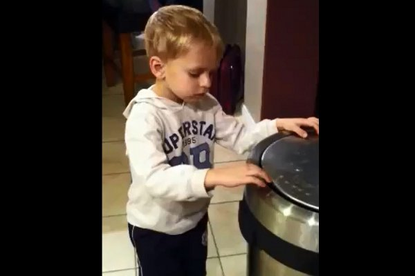 Kid Tries to Fool Dad with the Disappearing Carrots Trick (Video)