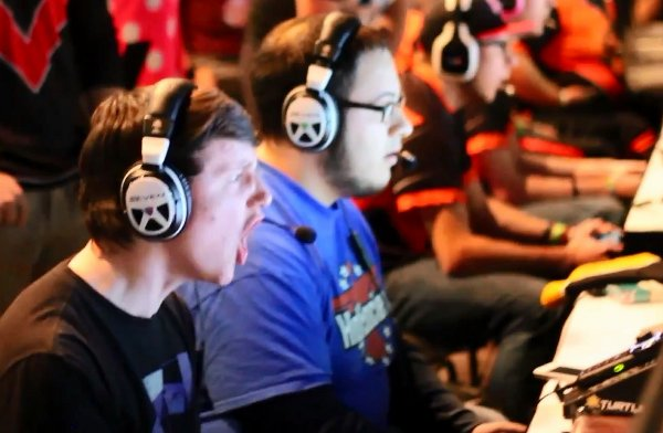 World's Most Intense Gamer (Video)
