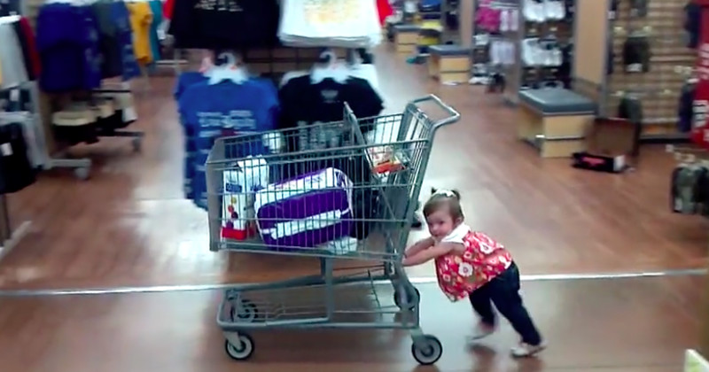 A Few Hilarious Reasons Why You Shouldn't Take Your Baby Black Friday Shopping
