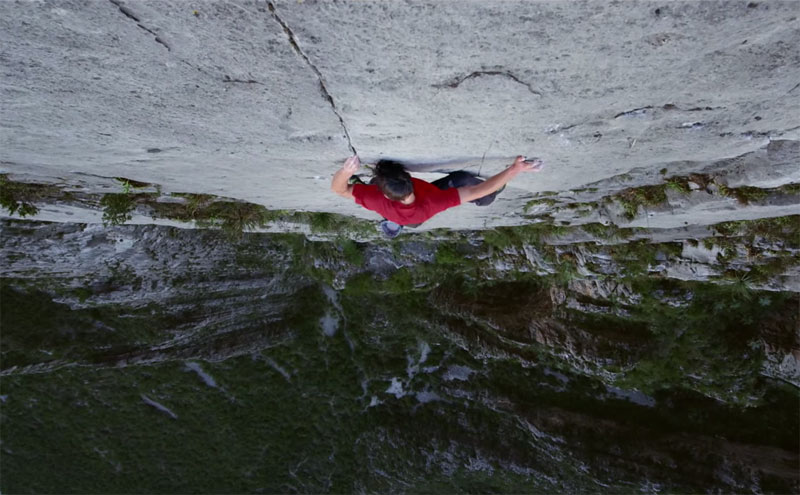 Free Soloing El Sendero Luminoso With Alex Honnold