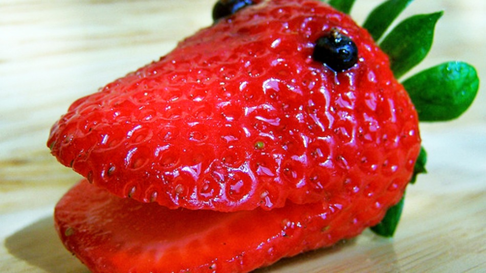 how to extract dna from a strawberry science
