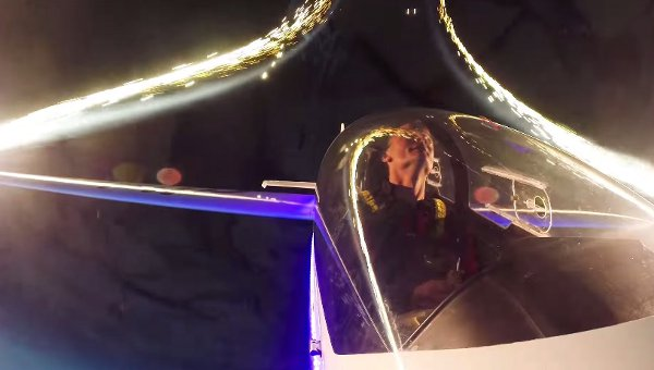 Glider Plane Lights up the Sky with Fireworks from the Wings (Video)