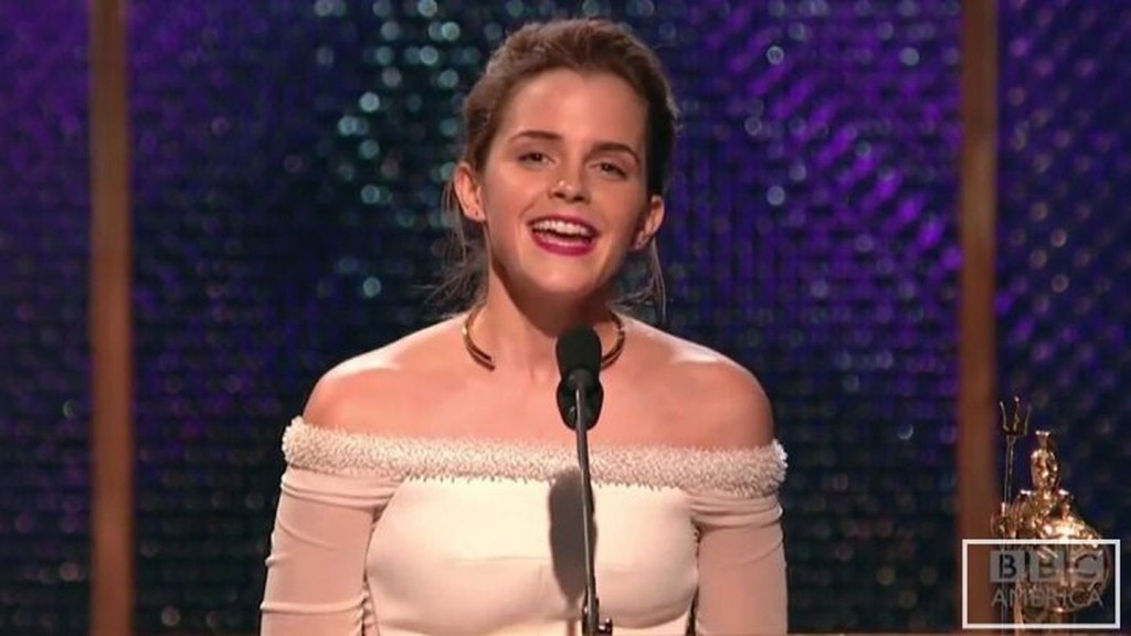 Emma Watson honors her dead hamster on stage at awards show