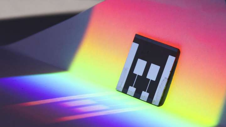 Highly Efficient And Ultra-Cheap Perovskite Solar Cells Announced