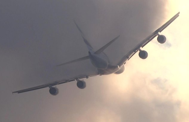 Airbus A380 Cutting Clouds Like Butter (Video)
