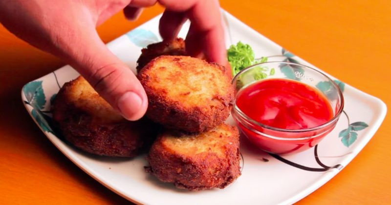 You Can Make Onion Rings So Much More Delicious When You Do This With Them