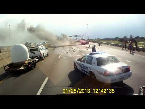 One Heroic Man Did the Right Thing and Saved a Woman and Child From a Fiery Crash
