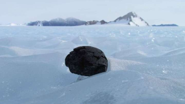 """British Expedition Gets Go-Ahead To Look For """"Missing"""" Meteorites In Antarctica"""