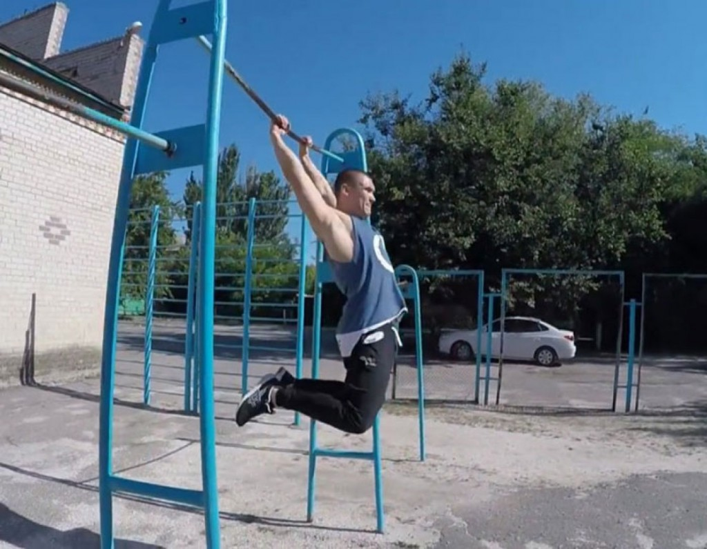 This guy makes parkour look so cool