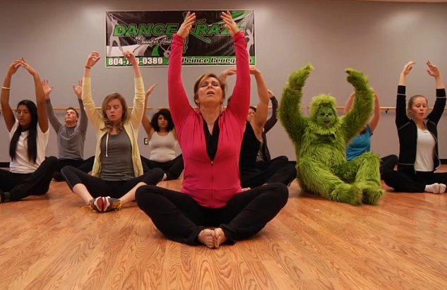 The Grinch Does Yoga (Video)