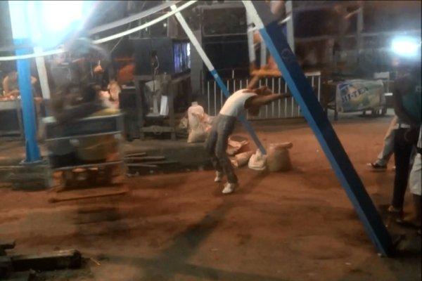 Human-Powered Ferris Wheel in Myanmar (Video)