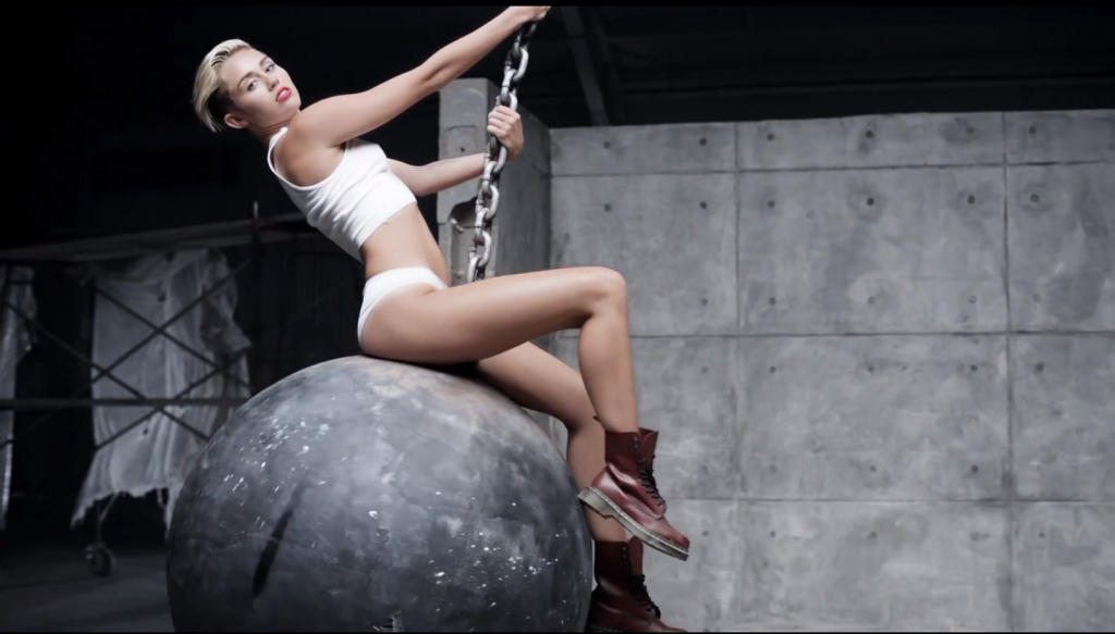 10 'Wrecking Ball' Vine Videos That Will Destroy You With Laughter